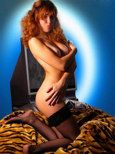 Индивидуалки в усинске трахает проститутку домашнее